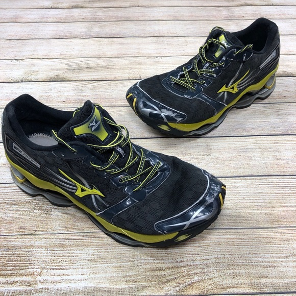 competitive price 0f410 e0d13 MIZUNO WAVE PROPHECY 2 Size 14 BLACK YELLOW Shoes